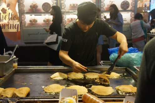 Korea Myeongdong street food Okonomiyaki