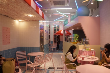 Korea Myeongdong 3CE pink hotel